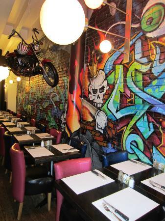 restaurant-l-avenue.jpg
